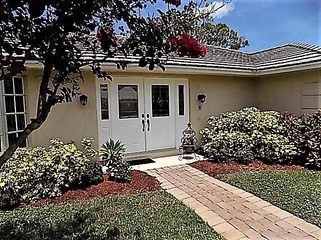 Additional photo for property listing at 3861 SE Fairway W  Stuart, Florida 34997 United States