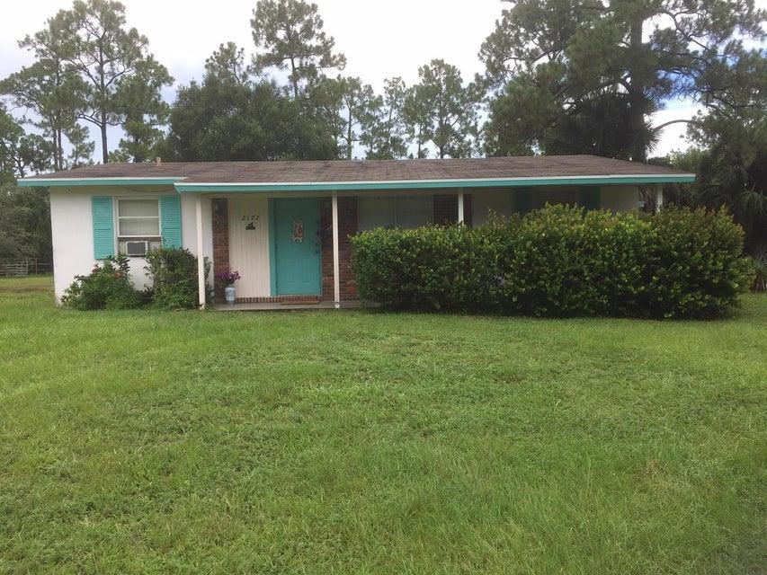 Alquiler por un Alquiler en 2141 B Road Loxahatchee Groves, Florida 33470 Estados Unidos