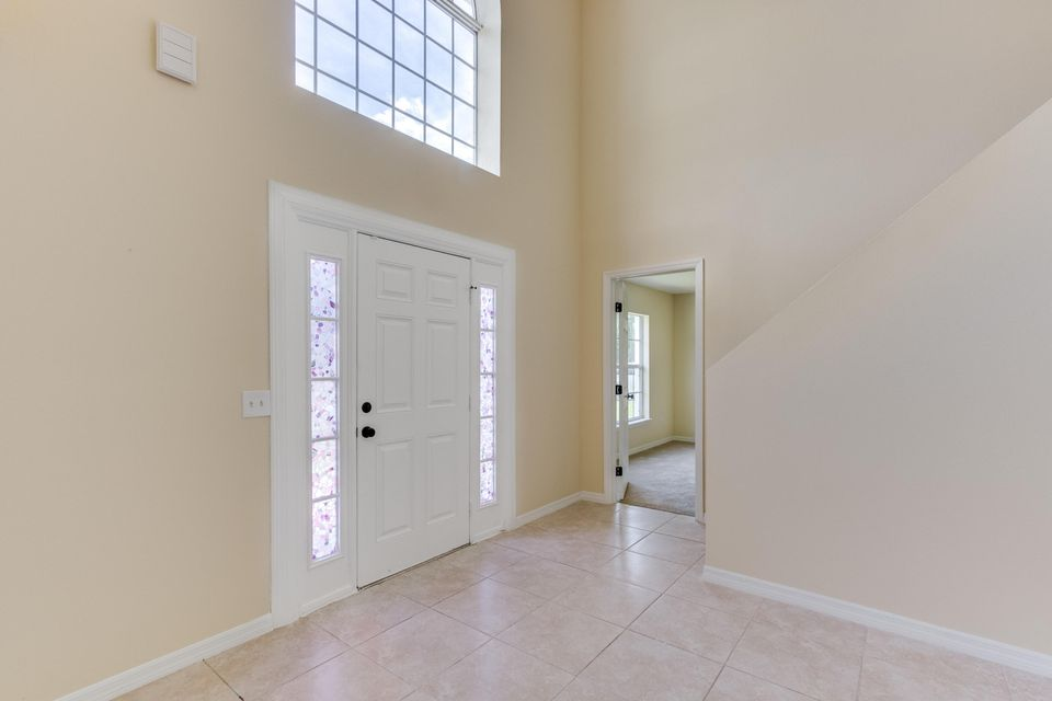 Additional photo for property listing at 2056 SW Grant Avenue  Port St. Lucie, Florida 34953 États-Unis