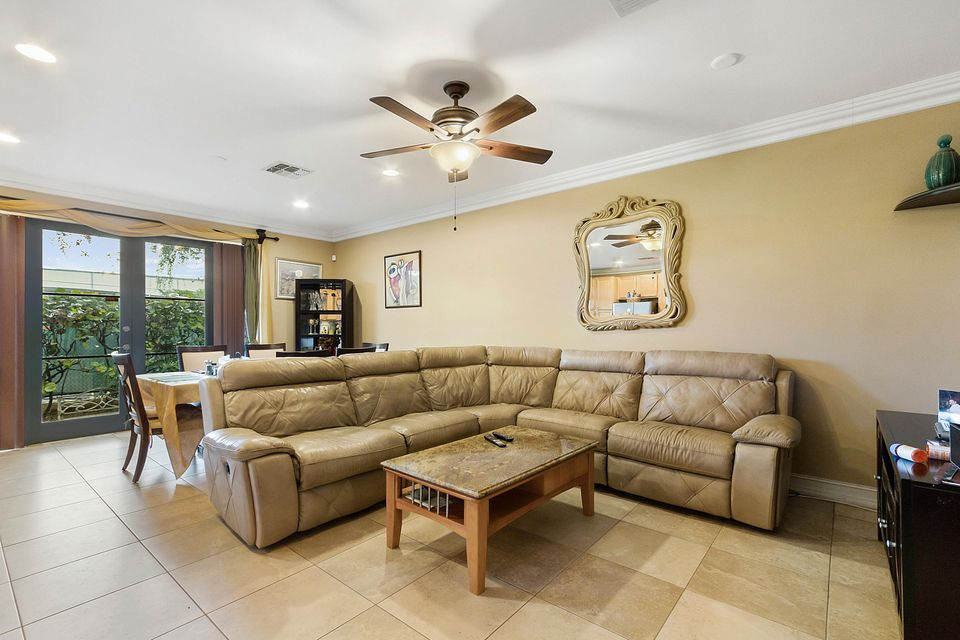 Additional photo for property listing at 320 Via Villagio 320 Via Villagio Hypoluxo, Florida 33462 Vereinigte Staaten
