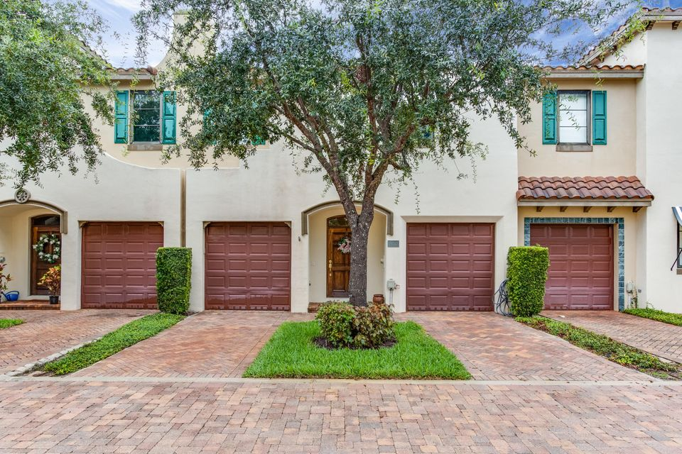 Townhouse for Sale at 320 Via Villagio Hypoluxo, Florida 33462 United States