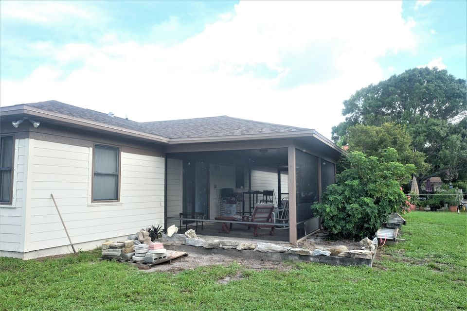 Additional photo for property listing at 255 8th Court 255 8th Court Vero Beach, Florida 32962 Estados Unidos