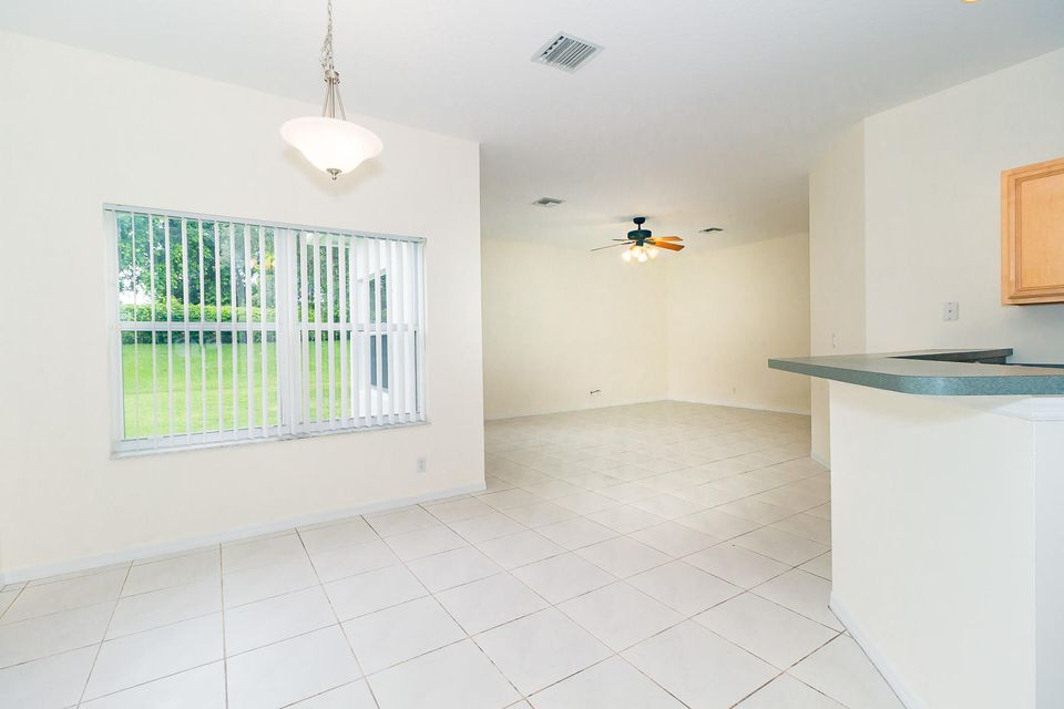 Additional photo for property listing at 11314 Edgewater Circle  Wellington, Florida 33414 United States
