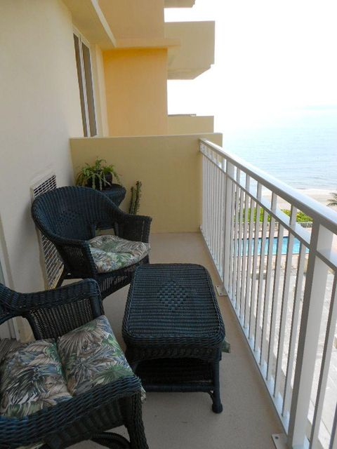 Additional photo for property listing at 3215 S Ocean Boulevard 3215 S Ocean Boulevard 高地海滩, 佛罗里达州 33487 美国
