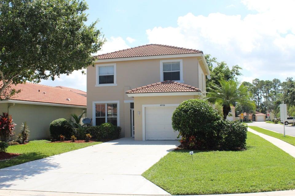 6938 Desert Inn Terrace, Lake Worth, FL 33463