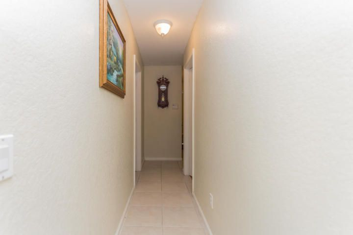 Additional photo for property listing at 5222 Rising Comet Lane  Lake Worth, Florida 33463 United States