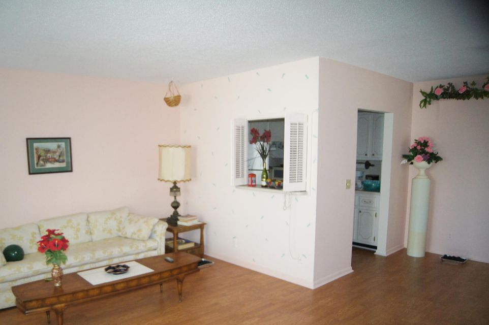Additional photo for property listing at 189 Salisbury H 189 Salisbury H West Palm Beach, Florida 33417 États-Unis