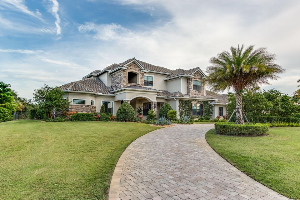 15920 Barnstormer Court - Wellington, Florida