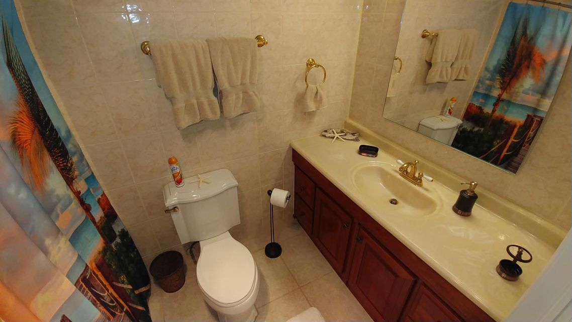 Additional photo for property listing at 2400 S Ocean Drive 2400 S Ocean Drive 皮尔斯, 佛罗里达州 34949 美国
