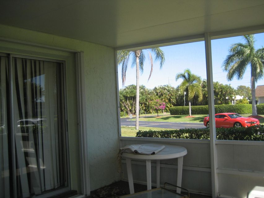 Additional photo for property listing at 1640 NW 18th Avenue  Delray Beach, Florida 33445 Estados Unidos
