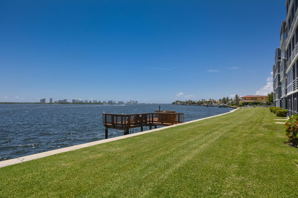 60 Yacht Club Drive 202, North Palm Beach, FL 33408