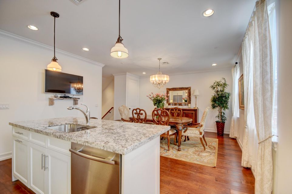 Additional photo for property listing at 147 N Cannery Row Circle  Delray Beach, Florida 33444 United States