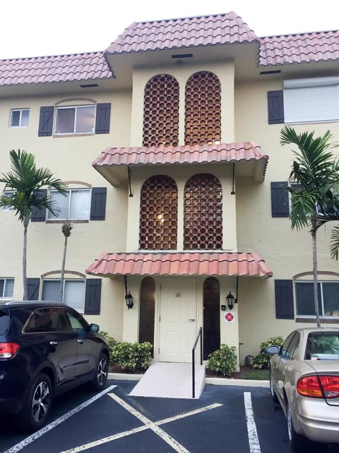 Co-op / Condo for Sale at 257 S Cypress Road 257 S Cypress Road Pompano Beach, Florida 33060 United States
