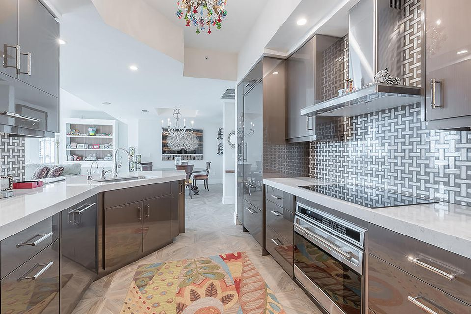 Additional photo for property listing at 801 S Olive Avenue  West Palm Beach, Florida 33401 Estados Unidos
