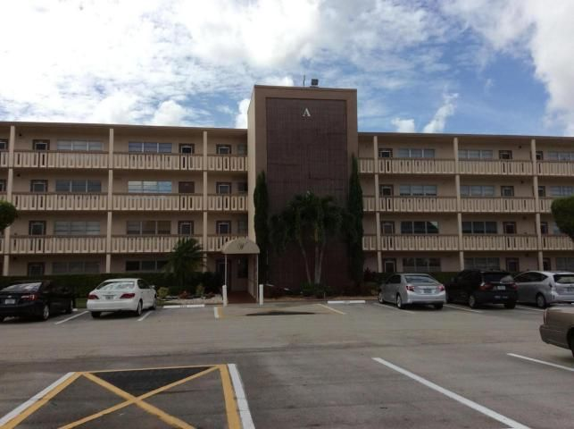 3015 Wolverton A, Boca Raton, FL 33434