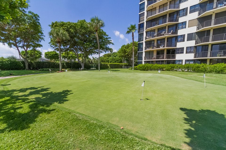 Additional photo for property listing at 859 Jeffrey Street 859 Jeffrey Street Boca Raton, Florida 33487 Vereinigte Staaten