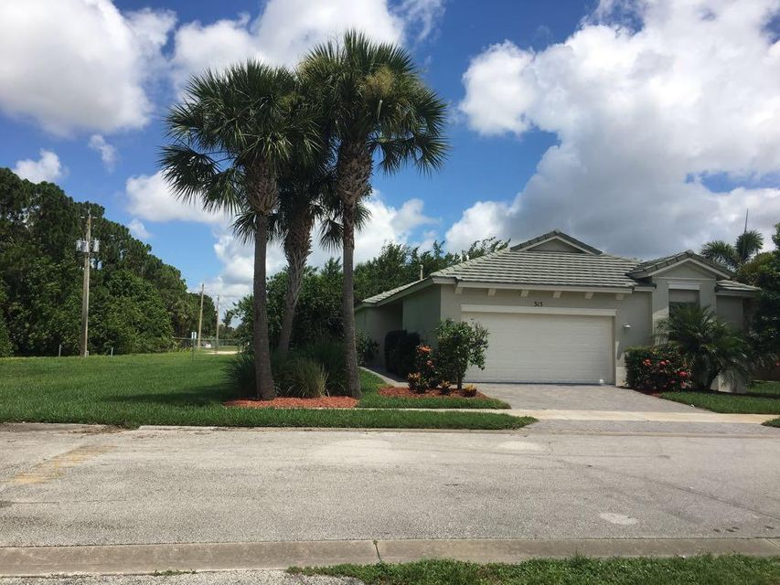 Single Family Home for Sale at 315 SW Perdido Key Street 315 SW Perdido Key Street Port St. Lucie, Florida 34986 United States