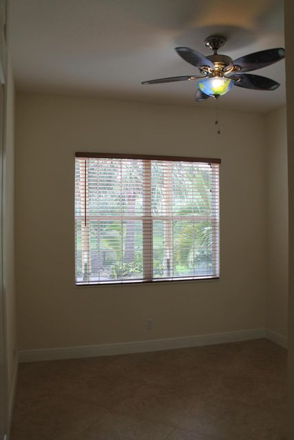 Additional photo for property listing at 11117 SW Olmstead Drive  Port St. Lucie, Florida 34987 Vereinigte Staaten
