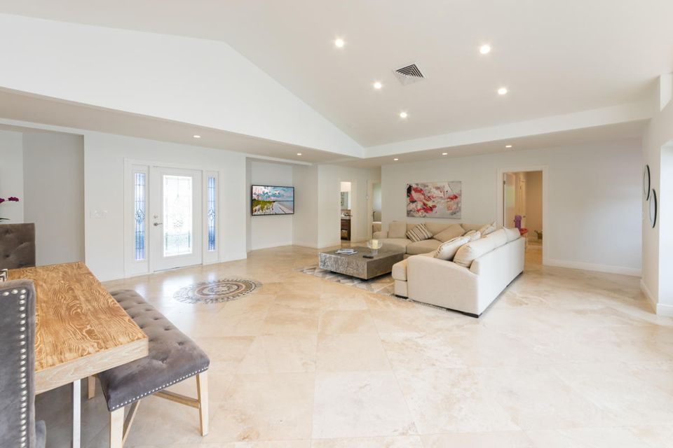 Additional photo for property listing at 1355 Tamarind Way 1355 Tamarind Way Boca Raton, Florida 33486 États-Unis