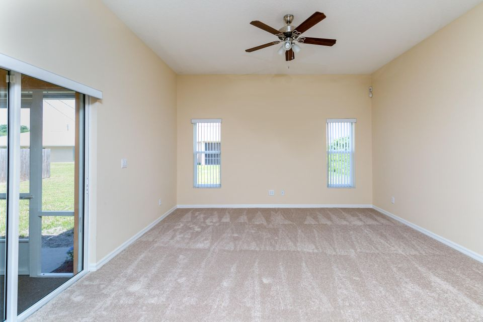 Additional photo for property listing at 911 SW Haas Avenue  Port St. Lucie, Florida 34953 United States
