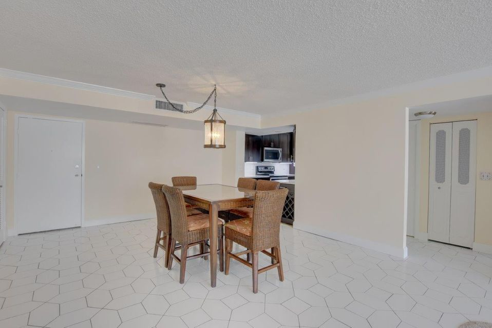 Additional photo for property listing at 3456 S Ocean Boulevard 3456 S Ocean Boulevard Palm Beach, Florida 33480 United States