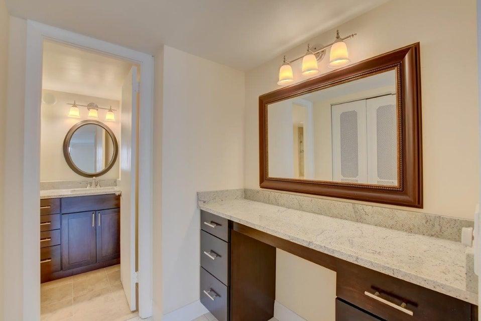 Additional photo for property listing at 3456 S Ocean Boulevard 3456 S Ocean Boulevard Palm Beach, Florida 33480 Estados Unidos