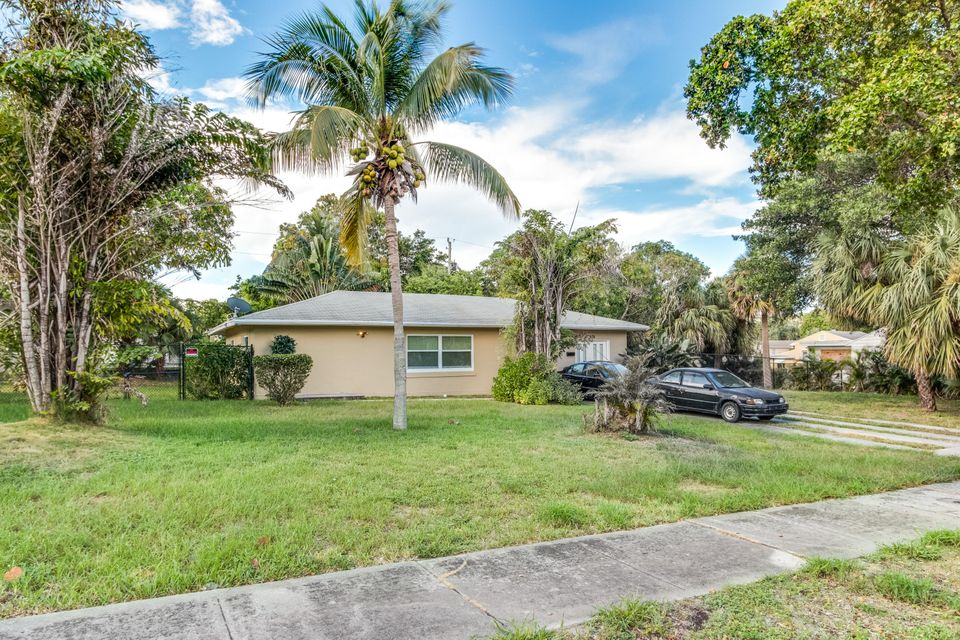 House for Sale at 936 Upland Road West Palm Beach, Florida 33401 United States