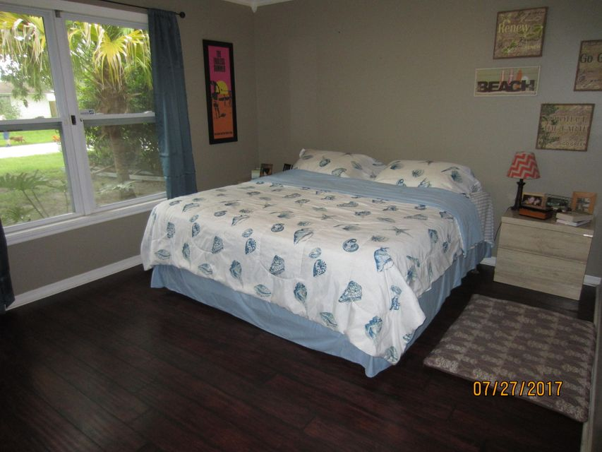 Additional photo for property listing at 7105 Pensacola Road 7105 Pensacola Road Fort Pierce, Florida 34951 Vereinigte Staaten