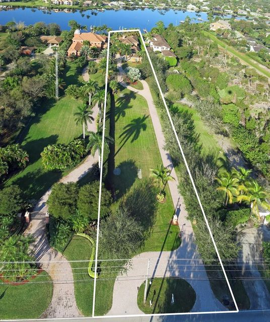 Additional photo for property listing at 18980 SE County Line Road  Tequesta, Florida 33469 Vereinigte Staaten