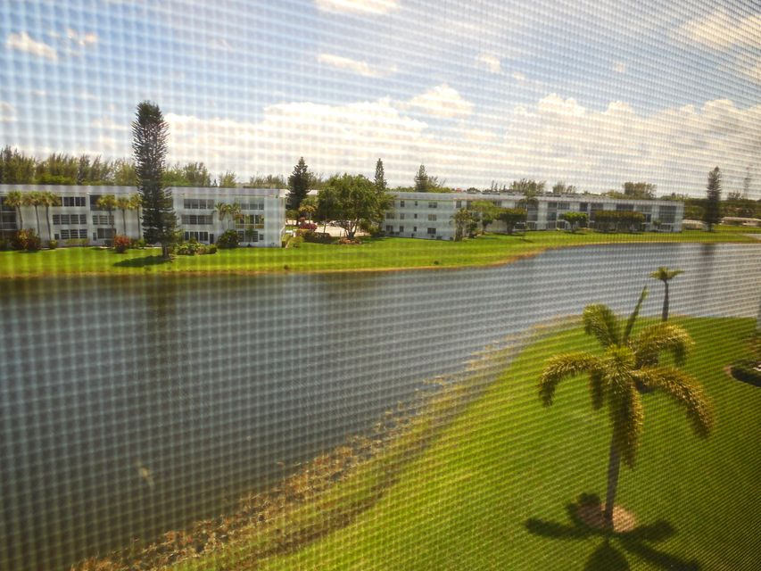 Co-op / Condo for Sale at 427 Wellington G 427 Wellington G West Palm Beach, Florida 33417 United States