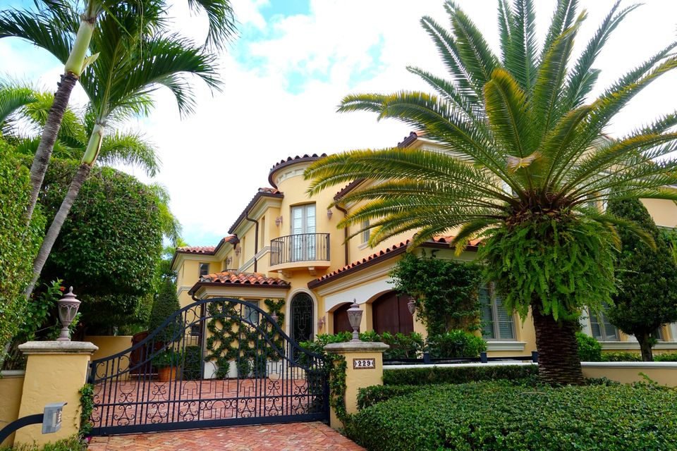 229 Chilean Avenue - Palm Beach, Florida