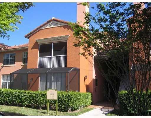 Coopérative / Condo pour l à louer à 3239 Clint Moore Road 3239 Clint Moore Road Boca Raton, Florida 33496 États-Unis