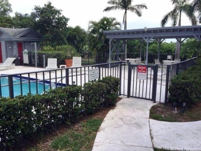 Additional photo for property listing at 5079 Heather Hill Lane  Boca Raton, Florida 33486 United States