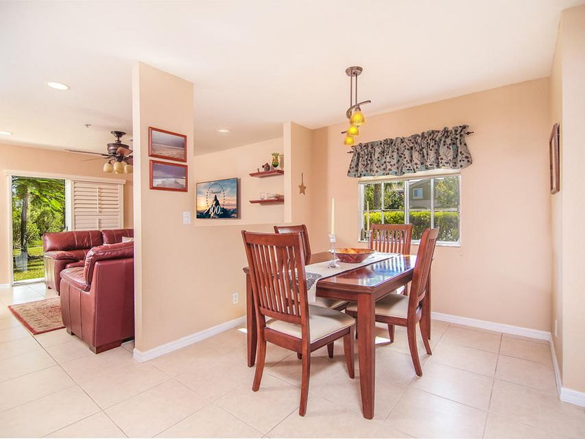 Additional photo for property listing at 5278 SE Mitchell Lane 5278 SE Mitchell Lane Stuart, Florida 34997 United States