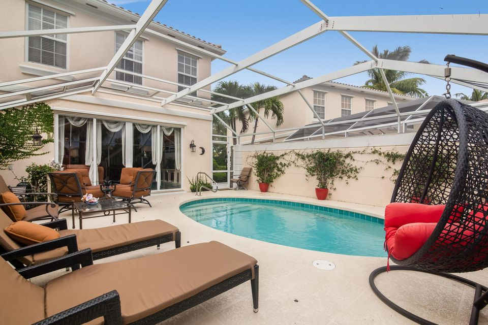 209 Fortuna Drive , Palm Beach Gardens FL 33410 is listed for sale as MLS Listing RX-10356072 25 photos