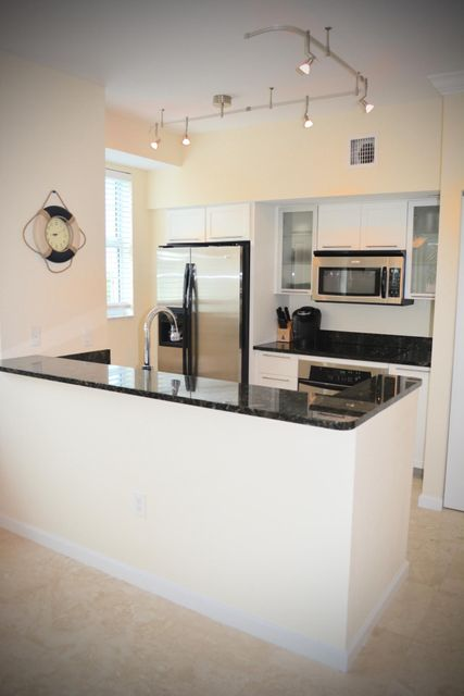 Additional photo for property listing at 235 NE 1st Street 235 NE 1st Street Delray Beach, Florida 33444 Estados Unidos