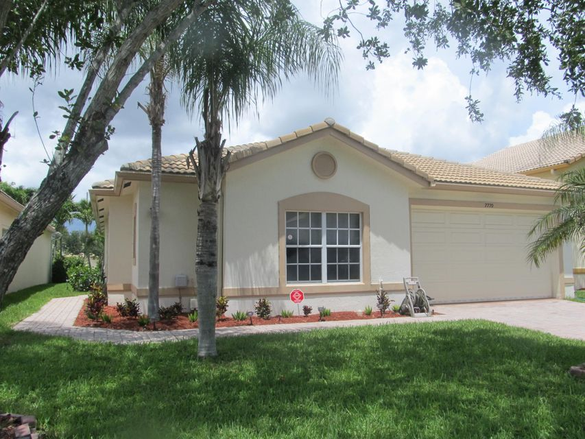 7770 Colony Lake Drive, Boynton Beach, FL 33436