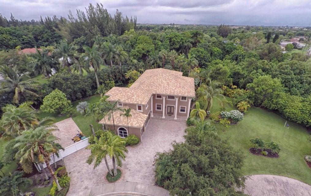 Casa para uma família para Venda às 6310 SW 56th Street Davie, Florida 33314 Estados Unidos