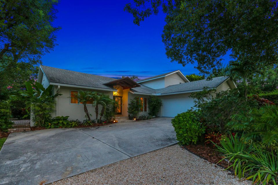 Additional photo for property listing at 23 Hudson Avenue 23 Hudson Avenue Ocean Ridge, Florida 33435 États-Unis