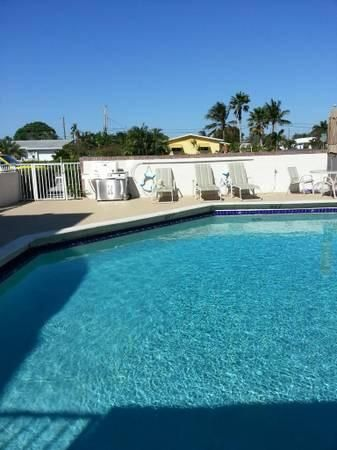 Additional photo for property listing at 1100 SE 4th Avenue  Deerfield Beach, Florida 33441 Estados Unidos
