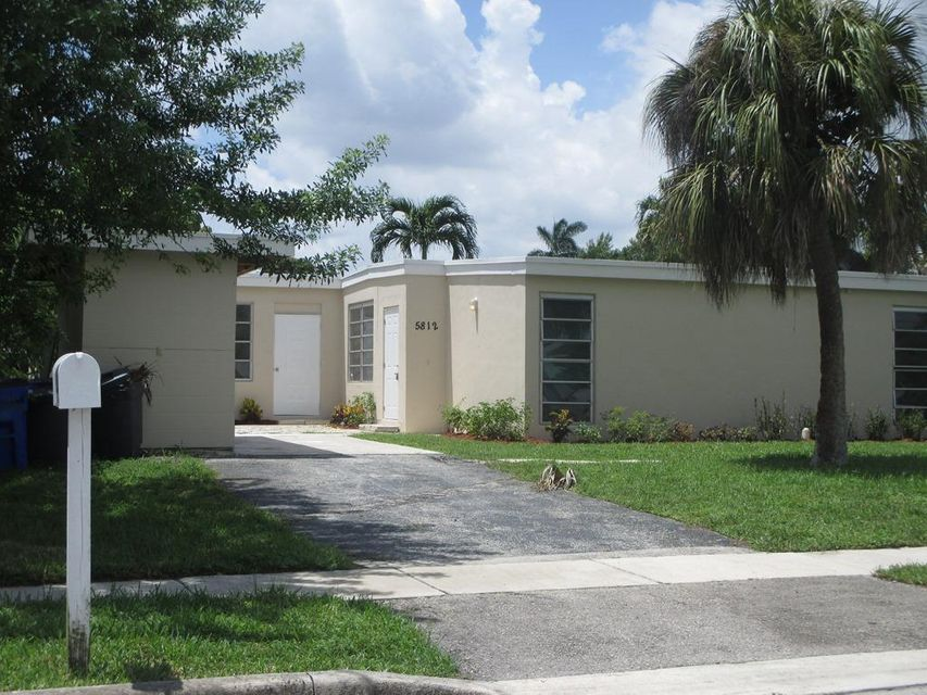 Single Family Home for Sale at 5812 NW 20th Court 5812 NW 20th Court Margate, Florida 33063 United States