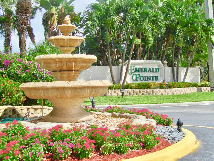 Co-op / Condo for Sale at 14394 Via Royale Delray Beach, Florida 33446 United States