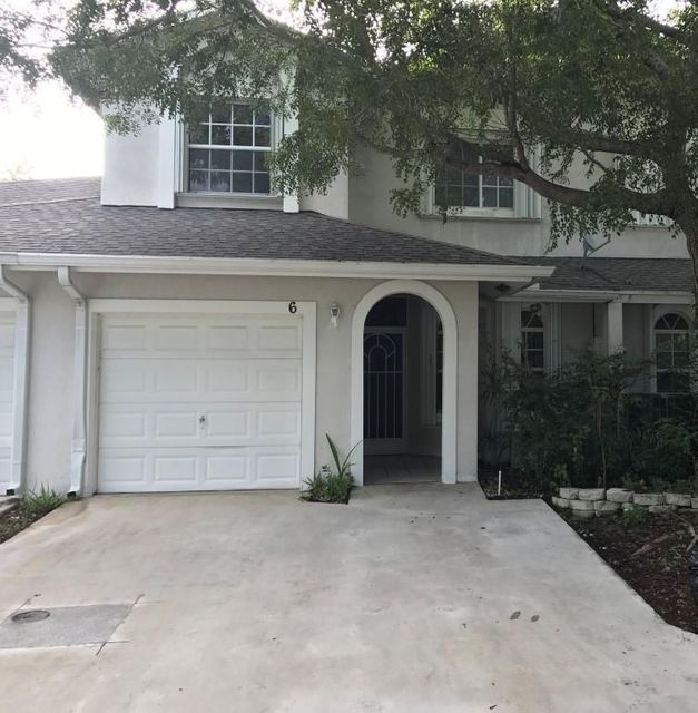 Townhouse for Sale at 6 Glamis Way Boynton Beach, Florida 33426 United States
