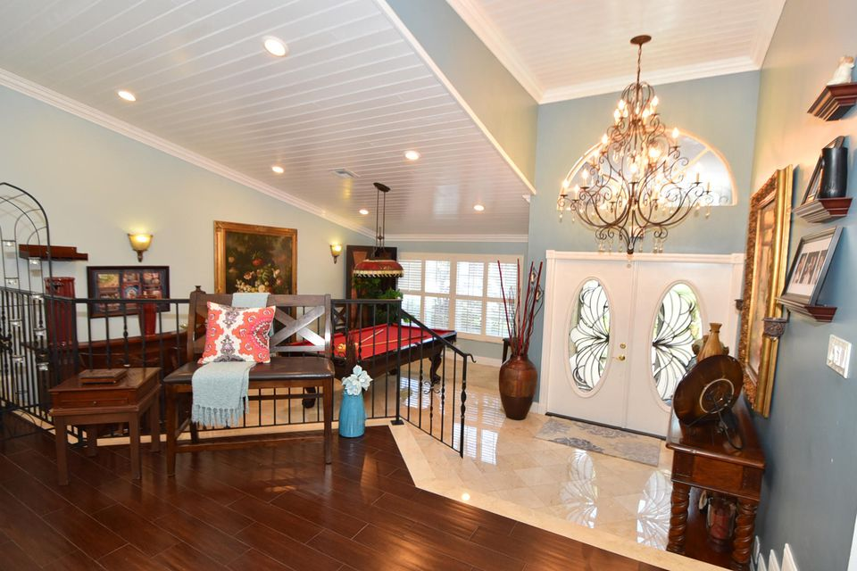 Additional photo for property listing at 19475 Black Olive Lane 19475 Black Olive Lane Boca Raton, Florida 33498 États-Unis