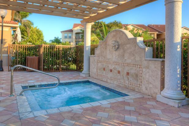 Additional photo for property listing at 405 Villa Circle  Boynton Beach, Florida 33435 Estados Unidos