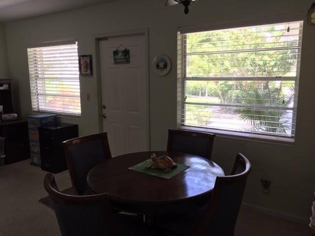 Additional photo for property listing at 100 Venetian Drive  Delray Beach, Florida 33483 Vereinigte Staaten
