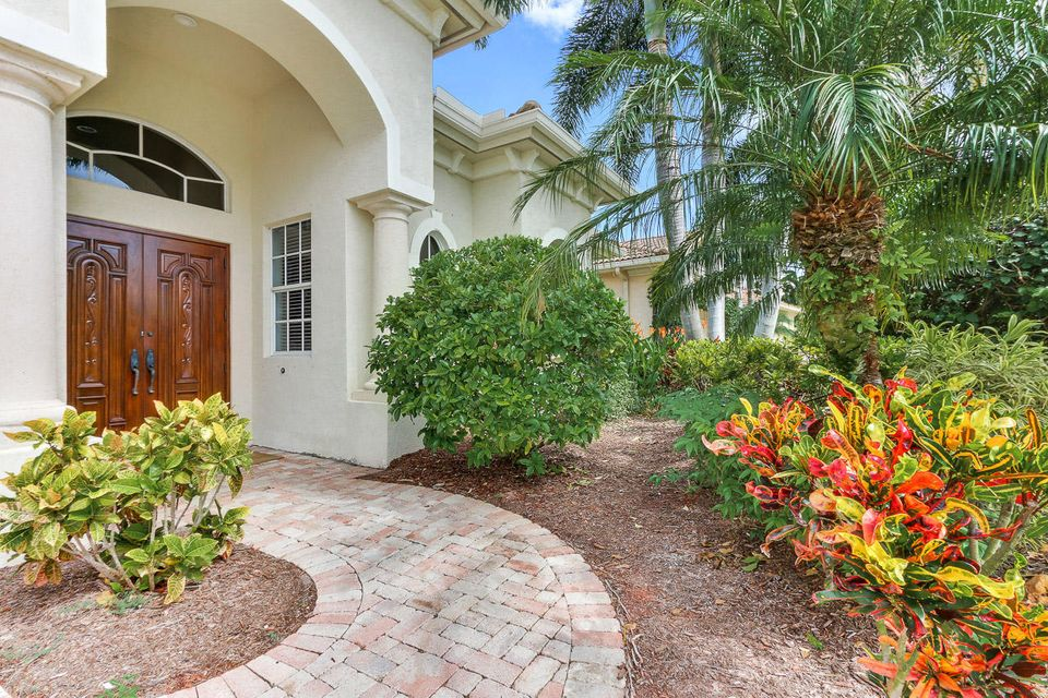 Additional photo for property listing at 214 Montant Drive 214 Montant Drive Palm Beach Gardens, Florida 33410 États-Unis