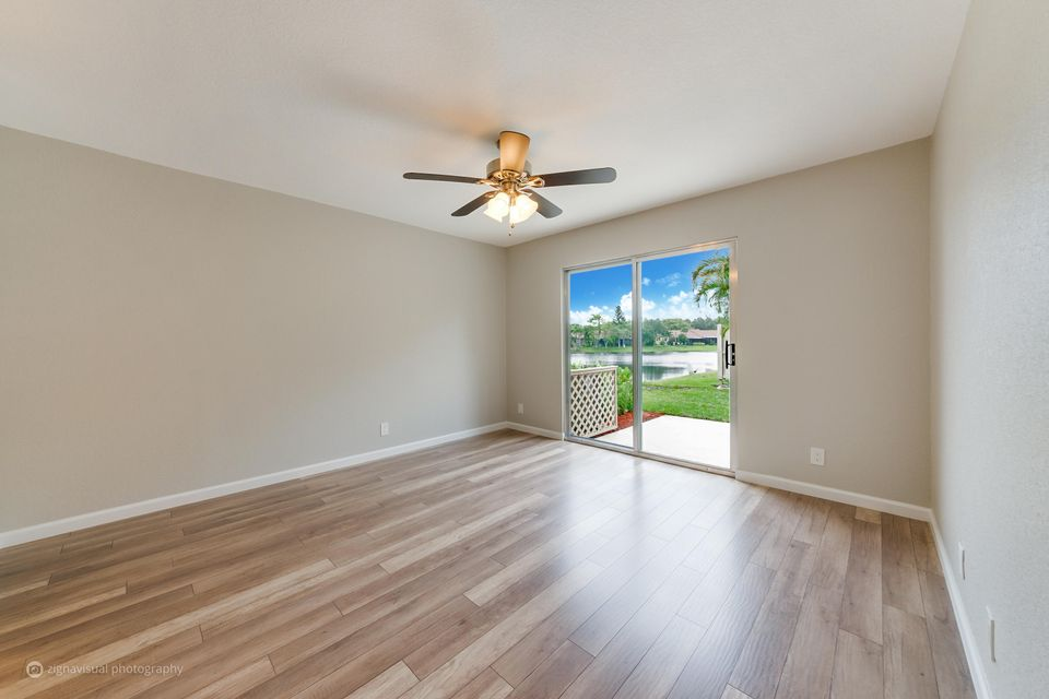 Additional photo for property listing at 6 Camden Lane  Boynton Beach, Florida 33426 États-Unis