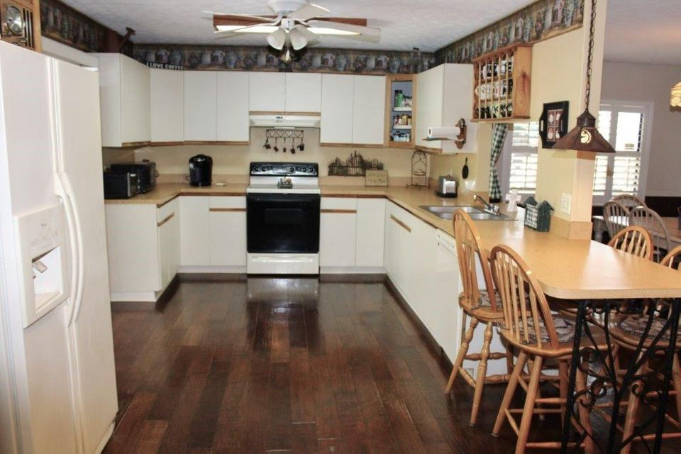 Additional photo for property listing at 753 SW River Court  Palm City, Florida 34990 United States