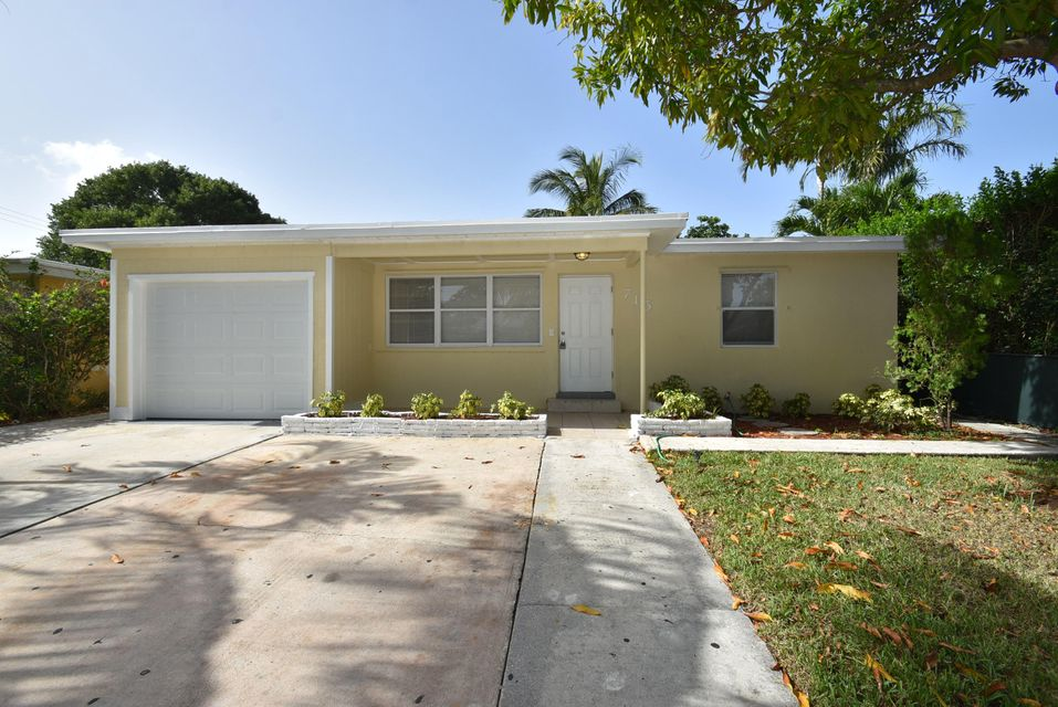 715 W Pine Street, Lantana, FL 33462